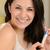 retrato · jóvenes · feliz · mujer · prueba · del · embarazo - foto stock © candyboxphoto