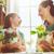 família · feliz · primavera · dia · bonitinho · criança · menina - foto stock © choreograph