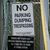 nem · felirat · olvas · parkolni · tilos · zöld · kerítés - stock fotó © chrisbradshaw