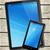 okostelefon · digitális · táblagép · fehér · fa · asztal · függőleges - stock fotó © daboost