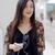 jonge · vrouw · lopen · stad · mobiele · mobiele · telefoon · luisteren - stockfoto © dash