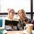 jonge · vrouwen · telefoon · lezing · boek · coffeeshop · vrouw - stockfoto © deandrobot