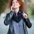 幸せ · 若い女性 · 話し · 携帯電話 · 屋外 - ストックフォト © deandrobot