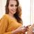 若い女性 · 読む · メッセージ · 携帯 · 携帯電話 - ストックフォト © deandrobot