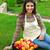 portrait · femme · souriante · panier · pommes · jardin - photo stock © deandrobot