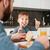 barbudo · pai · alimentação · cozinha · pequeno · filho - foto stock © deandrobot