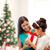 gelukkig · moeder · kind · meisje · geschenkdoos · vakantie - stockfoto © dolgachov