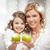 vrouw · appels · volwassen · glimlachende · vrouw · voedsel · appel - stockfoto © dolgachov