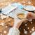 handen · koffiekopje · reizen · vakantie · toerisme - stockfoto © dolgachov
