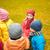 aile · ayakta · açık · havada · el · ele · tutuşarak · gülen · çocuklar - stok fotoğraf © dolgachov