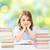 triste · little · girl · entediado · leitura · conjunto · livros - foto stock © dolgachov