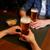 közelkép · férfiak · iszik · sör · bár · kocsma - stock fotó © dolgachov