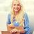 glimlachend · jonge · vrouw · home · bewegende · levering - stockfoto © dolgachov