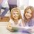 Kinder · Tablet-Computer · glücklich · Eltern · beobachten · Wohnzimmer - stock foto © dolgachov
