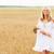 jonge · vrouw · witte · jurk · granen · veld · geluk · natuur - stockfoto © dolgachov