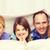 famiglia · felice · due · ragazzi · coperta · home · famiglia - foto d'archivio © dolgachov