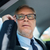 senior · zakenman · roepen · smartphone · auto · vervoer - stockfoto © dolgachov