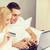 пару · кровать · портативного · компьютера · кредитных · карт · отель · путешествия - Сток-фото © dolgachov
