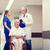 altos · mujer · hablar · jóvenes · médico · hombre - foto stock © dolgachov