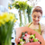 sonriendo · florista · mujer · personas - foto stock © dolgachov