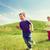 gelukkig · weinig · kinderen · lopen · spelen · buitenshuis - stockfoto © dolgachov