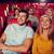 feliz · amigos · viendo · película · teatro · cine - foto stock © dolgachov