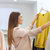 jeune · femme · vêtements · vêtements · magasin - photo stock © dolgachov
