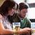 Freunde · Smartphones · trinken · Bier · Veröffentlichung · Menschen - stock foto © dolgachov