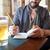 男 · ビール · ノートブック · パブ · 人 - ストックフォト © dolgachov