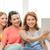 három · mosolyog · tinilányok · táblagép · otthon · barátság - stock fotó © dolgachov