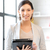 gelukkig · vrouw · computer · foto · kantoor - stockfoto © dolgachov