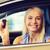 jeunes · femme · souriante · séance · voiture · clé - photo stock © dolgachov