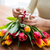 женщину · шкатулке · Tulip · цветы · люди - Сток-фото © dolgachov