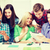 studenti · guardando · smartphone · istruzione · tecnologia - foto d'archivio © dolgachov