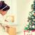 孩子 · 開盤 · 聖誕節 · 目前 · 快樂 · 假期 - 商業照片 © dolgachov