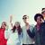 grupo · estudiantes · adolescentes · manos · verano - foto stock © dolgachov