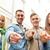gelukkig · vrienden · wijzend · vinger · straat · mensen - stockfoto © dolgachov