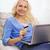 случайный · женщину · кредитных · карт · ноутбука · диван · стороны - Сток-фото © dolgachov