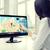 kobieta · aplikacje · komputera · biuro · ludzi · biznesu - zdjęcia stock © dolgachov