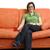 若い女性 · ソファ · 女性 · 茶 · インテリア - ストックフォト © dotshock