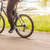 bicicleta · equitación · real · rápido · manos - foto stock © dzejmsdin