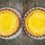 2 · 新鮮な · ケーキ · 素朴な · 木製のテーブル - ストックフォト © elenaphoto