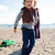 fiú · ugrik · tengerpart · fiatal · srác · felfelé · anya - stock fotó © ElinaManninen
