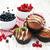 groselha · bolinho · branco · comida · fundo - foto stock © es75