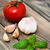 fesleğen · sarımsak · domates · ahşap · sağlık · yaz - stok fotoğraf © Es75