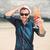 手 · サングラス · 熱帯ビーチ · 水 · ファッション - ストックフォト © feedough