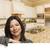 latino · vrouw · witte · gewoonte · keuken · interieur - stockfoto © feverpitch