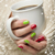 femme · rouge · vert · vernis · à · ongles · tasse - photo stock © feverpitch