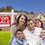 hispanique · famille · nouvelle · maison · vente · immobilier · signe - photo stock © feverpitch