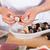 asiático · mulher · fresco · framboesas · mãos - foto stock © fotoedu